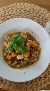 Quinoa-Süßkartoffel-Kichererbsen Eintopf